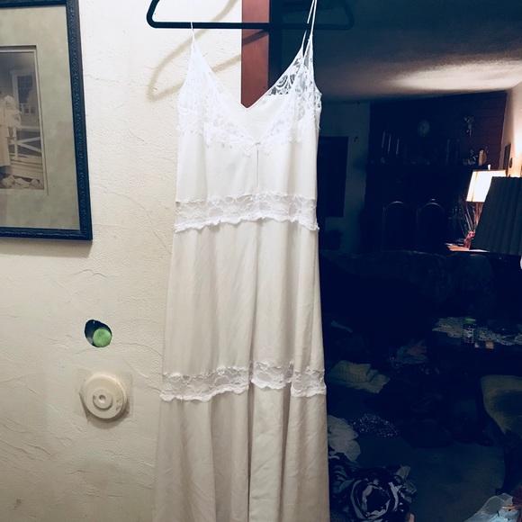 Vintage Lace Maxi Dresses